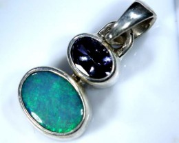 OPAL SILVER PENDANT WITH TOPAZ  8.0  CTS   OF-401