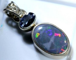 OPAL SILVER PENDANT WITH TOPAZ 10.8  CTS   OF-404
