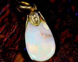 OPAL PENDANT WITH SILVER METAL AND GOLD PLATING  1.9 CTS   OF-498