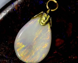OPAL PENDANT WITH SILVER METAL AND GOLD PLATING  3.15 CTS   OF-527