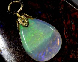 OPAL PENDANT WITH SILVER METAL AND GOLD PLATING 3.4 CTS   OF-538