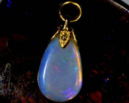 OPAL PENDANT WITH SILVER METAL AND GOLD PLATING 2.8 CTS   OF-547