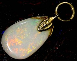 OPAL PENDANT WITH SILVER METAL AND GOLD PLATING 1.9 CTS   OF-548
