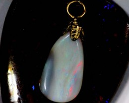 OPAL PENDANT WITH SILVER METAL AND GOLD PLATING 4.5 CTS   OF-549