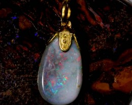 OPAL PENDANT WITH SILVER METAL AND GOLD PLATING 2.7 CTS   OF-556