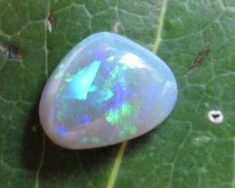 4.60Cts Black opals OMR124