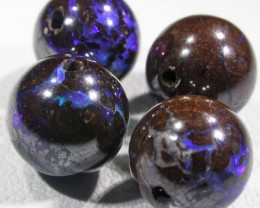 15.3 CTS BOULDER BEADS DRILLED[SO4102]