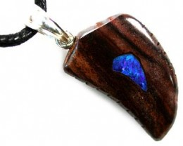 OPAL INLAY ART PENDANT   18.40CARATS  K416