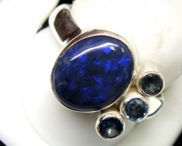 BLACK OPAL AND AUSTRALIAN SAPPHIRE RING-[SOJ4811]