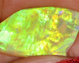 OPAL RUB LIGHTNING RIDGE  2.15  CTS  DT-4114