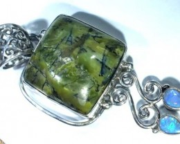 GREEN OPAL PENDANT WITH SILVER METAL 47.25  CTS   OF-953