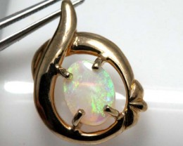 WHITE OPAL PENDANT WITH SILVER METAL AND GOLD PLATING 6.50 CTS   OF-1032