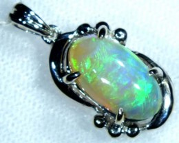 CRYSTAL OPAL PENDANT WITH 18K GOLD METAL  13.20  CTS   GC