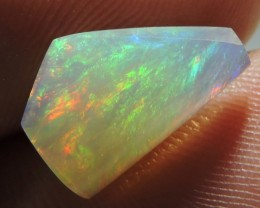 1.70ct ETHIOPIAN WELLO CRYSTAL FREEFORM GEM OPAL MULTI FIRE