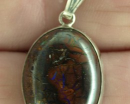 Koroit Boulder Matrix pendant 27ct, Bezel set in sterling silver.