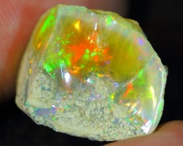 16.87Ct Bright Color Play Ethiopian White Welo Opal Rough