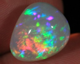 8.55CT~WELO OPAL CAB~VERY BRIGHT~ROLLING RAINBOW/MIX