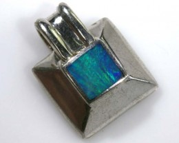 7.75 CTS SILVER OPALPENDANT  OF-1101