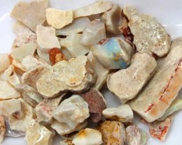 250 CTS WHITE OPAL ROUGH (PARCEL) COOBERPEDY DT-5394