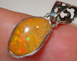 8.55ct Natural Ethiopian Welo Opal .925 Sterling Silver