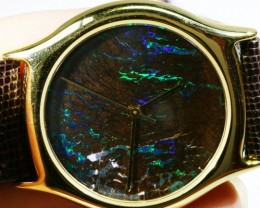Exceptionale Opal Watch    Have you ever seen one like this?