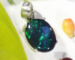 Cute BLACK  Opal pendant 18K white gold  BU 1202