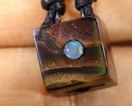 OPAL INLAY NECKLACE   23 CTS  LO-1128