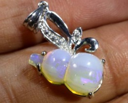 9.90 CTS WHITE OPAL GOLD PENDANT OF-1309