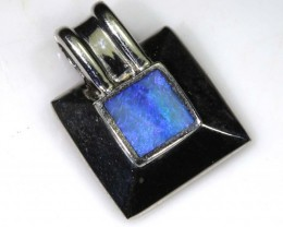 6.8 CTS SILVER DOUBLET OPAL PENDANT OF-1367