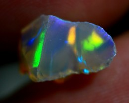 Rough Ethiopian Wello Opal    ~  cts3.30.    RB 432   Gem Grade -  Crack fr