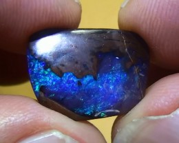 8.80 ct Beautiful Electric Blue Natural Queensland Boulder Opal