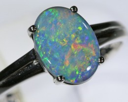Black opal 18k White Gold Ring size8  BU1507