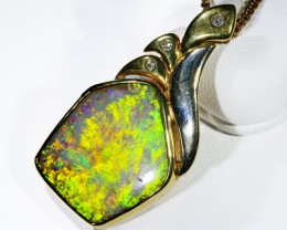 BEAUTIFUL CRYSTAL OPAL 18K GOLD PENDANT 16.8 CTS SCA1693