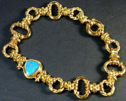 18 K GOLD CHAIN BRACELET WITH OPAL   21.05 GRAMS  L 438
