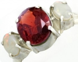 9 SIZE FIREY GARNET RING WITH SOLID OPAL [SJ4015 ]
