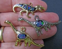 3 Australian  Dinosaur opal collection  Bu 981