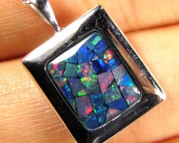 MOSAIC TRIPLET SILVER PENDANT 0.90 CTS MYG 1269
