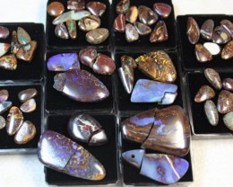 431 cts - 45 Yowah stones + 10 Broken boulder stones +10display case