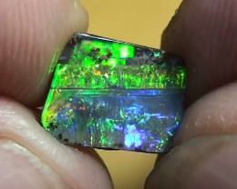 1.90 ct Top Quality Gem Rainbow Natural Queensland Boulder Opal