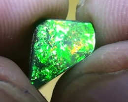 1.55 t Blinding Bright Green Gold Natural Queensland Boulder Opal
