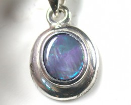 BLUFFY RED BLACK OPAL SILVER PENDANT SCO1736