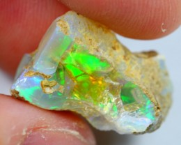 14cts Natural Green Broadflash Ethiopian Welo Rough Specimen Stone