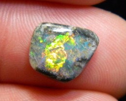 Brilliant Mintabie gem opal
