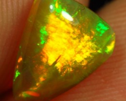 1.80cts Stunning BRIGHT BROADFLASH UNTREATED Ethiopian Opal