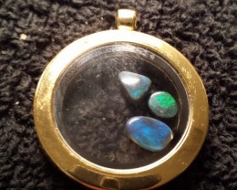 Lightning Ridge Opal in a Locket