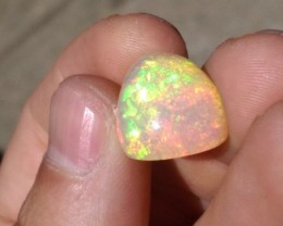 Super Saturated Welo Cabochon