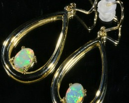 Solid crystal opal set in 9k yellow gold Earring SB 398