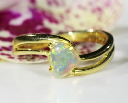 CRYSTAL OPAL RING SIZE 5 1/2   18 K  GOLD   CK 195