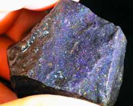 240Ct Rainbow Color Play Black Matrix Honduras Rough Opal