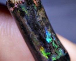 5.00 CRT RARE QUALITY 3D NEON BRILLIANT WOOD FOSSIL INDONESIAN OPAL